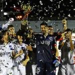 Nacional es el campeón de la Copa BANDES 2015 al derrotar 2-1 a Universitario de Perú