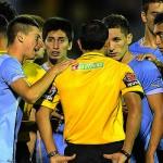 Sub 20: Uruguay cayó 1-0 ante Venezuela con un final escandaloso, aunque clasificó primero en el Grupo B