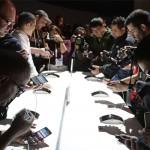 """LG presenta segunda generación de celulares """"que se doblan"""" en Feria Electrónica del Consumo"""