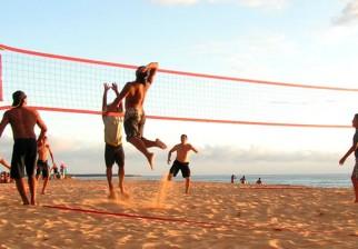 Juegos para divertirse en familia y con amigos en la playa