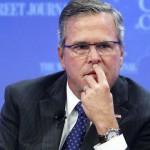 Jeb Bush precandidato presidencial republicano revela miles de datos de emails y desata un escándalo