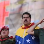 """Maduro pide ayuda a UNASUR porque EE.UU. """"quiere acabar con el gobierno legítimo de Venezuela"""""""