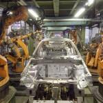 Los robots industriales crecen más rápido de lo previsto superando generación de empleo para humanos