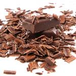 Consumir chocolate negro regularmente, pero con moderación, es beneficioso para la salud.