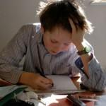 La OCDE advierte que los deberes domiciliarios a los niños aumentan la desigualdad escolar