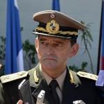 Comandante del Ejército, Manini Ríos, no considera válido que alguien pida perdón por algo que no hizo