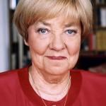 A 85 años del nacimiento de María Elena Walsh