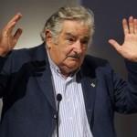 """Mujica dijo que Argentina """"no acompaña un carajo"""" la integración, y Capitanich respondió que es """"injusto"""" decir eso"""