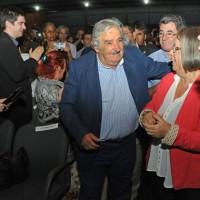 Mujica advirtió que para la izquierda es imprescindible realizar una batalla en el campo de la cultura