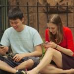 Las parejas que más comparten información en Facebook están más satisfechas con la relación