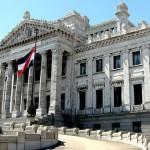 Parlamento sancionó nueva Ley Orgánica policial y sindicato anuncia recurso por inconstitucional
