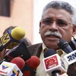 """Presidente del Parlatino acusa a EE.UU. de apoyar plan golpista contra Venezuela """"para convertir al país en una colonia"""""""