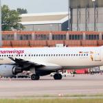 Sin sobrevivientes al estrellarse un avión que volaba de Barcelona a Dusseldorf con 148 personas a bordo