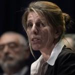 """Gobierno acusa a ex esposa del fiscal Nisman por no tener """"ni pies ni cabeza"""" y niegan """"pacto"""" con jueces hasta fin del mandato de Cristina"""