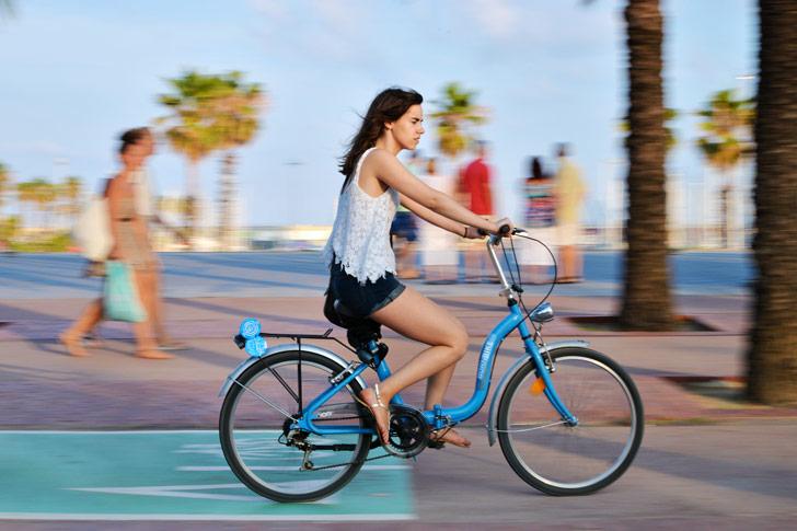 Beneficios de andar en bicicleta para la salud y el medio ambiente