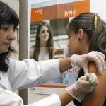 Salud Pública propone realizar campaña para vacunar contra HPV y oposición pide obligatoriedad