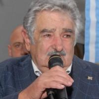 """Mujica dijo que tiene el deber de luchar por la gestión de Tabaré Vázquez. """"Este gobierno es mi gobierno"""""""