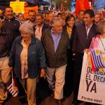 """Presidente Maduro agradece """"a Pepe, a Raúl"""" por encabezar la marcha """"por la paz"""", en solidaridad con Venezuela"""