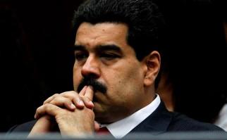 Consejo Nacional Electoral de Venezuela presentó papeletas para recolección de firmas y activar referéndum revocatorio del presidente Nicolás Maduro