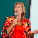 Ministra Muñoz propone medidas más duras contra agresores de maestros y directores