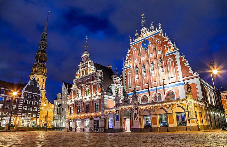 Plaza Central de Riga, Lituania