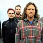 Pearl Jam inicia gira por América Latina brindando concierto en México