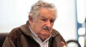 José Mujica sólo consultó a Raúl Castro para decidirse por refugiar ex reclusos de Guantánamo en Uruguay
