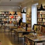 España cierra dos librerías cada día en el mayor declive de venta de libros en papel de su historia