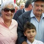 """""""No quisiera que al Frente le pasara lo mismo que al batllismo"""" afirmó Mujica en acto de Topolansky"""