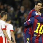 Luis Suárez metió un doblete para la goleada 4-0 contra Almería  por Liga española
