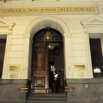 """Cámara Electoral exige a los candidatos publicar gastos de campaña y origen del dinero ante """"alto grado de opacidad""""."""
