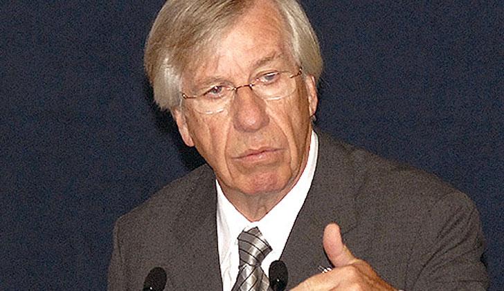 Danilo Astori negó que incremento del dólar genere aumento en precios de productos importados