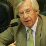 Danilo Astori aseguró al FMI que Uruguay mantendrá políticas fiscales prudentes