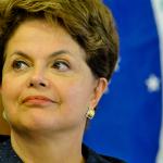 """Dilma confirma que no intervendrá para evitar caída del real: """"Nuestra estrategia es de cambio flotante"""""""