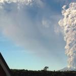 Cenizas de volcán chileno Calbuco permanecerían en territorio uruguayo hasta el lunes y los vuelos siguen cancelados