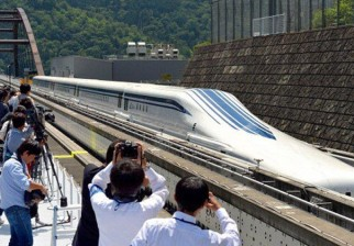 Tren de levitación magnética bate récord mundial de velocidad a 590 kms./hora: operaría con público en 2027