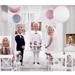 """IKEA ofrece bodas """"on-line"""" desde una capilla virtual y Facebook logra poder divorciarse en Internet"""