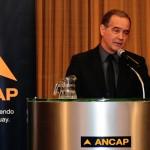 Presidente de ANCAP, José Coya, se manifestó contrario a bajar el precio de combustibles