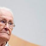 """Comienza juicio al """"contador de Auschwitz"""" al que imputarán crímenes de guerra nazis incluso sin pruebas"""