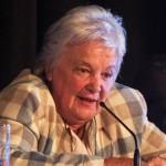 Lucía Topolansky dispuesta a aportar su sueldo para construir viviendas en Montevideo