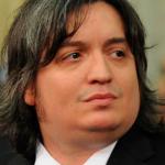 Máximo Kirchner niega acusación de Clarín de tener fondos en el exterior y perfilan su candidatura a presidente