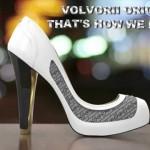 Desarrollan los primeros zapatos que cambian de color al instante usando nuestro celular inteligente