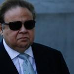 EE.UU.: Detienen al oftalmólogo que más cobró del Medicare, tras encausar un senador demócrata por conspiración