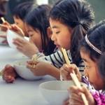 OMS anticipa Día Mundial de la Salud recordando a dos millones de muertos cada año por alimentos insalubres