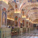 """El Vaticano abre a laicos curso de """"Exorcismos"""" en abril, que instruirá además sobre esoterismo y sectas"""