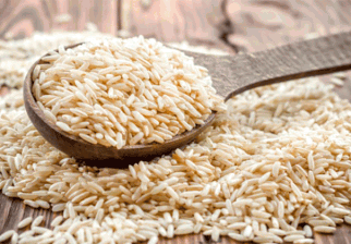 ¿Por qué es mejor consumir arroz integral?