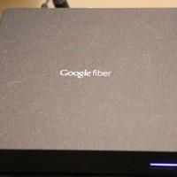 """Google Fiber aplica """"multas preventivas"""" a usuarios sospechosos de estar pirateando la señal"""