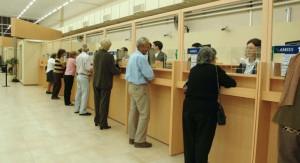 El gobierno dejará de aplicar el sistema de jubilación anticipada y limitará publicidad oficial