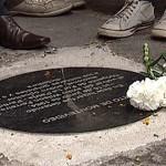 """Inauguran nueva """"Baldosa por la Memoria"""" en recuerdo de uruguayos asesinados en Argentina"""