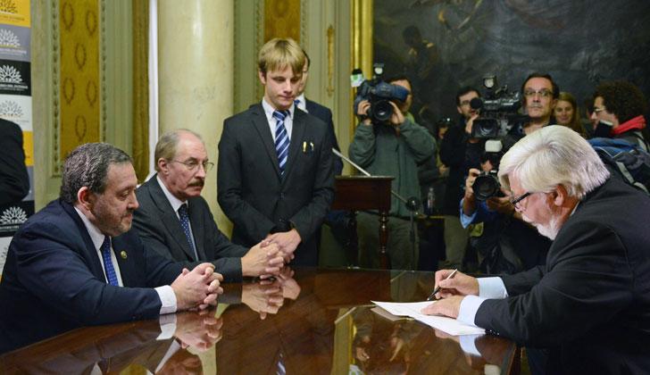 Justicia y ministerio del interior firman acuerdo para definir sistema de intercepci n de - Ministerio del interior y justicia ...